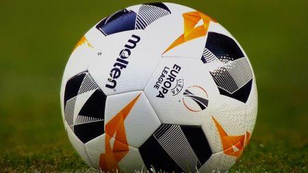 Coronavirus, ipotesi playoff per chiudere Champions League ed Europa League: quale decisione prenderà domani la UEFA?