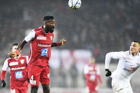 RSL, Sion, Johan Djourou torna sul licenziamento per «giusta causa»: «Sono deluso e scioccato allo stesso tempo»